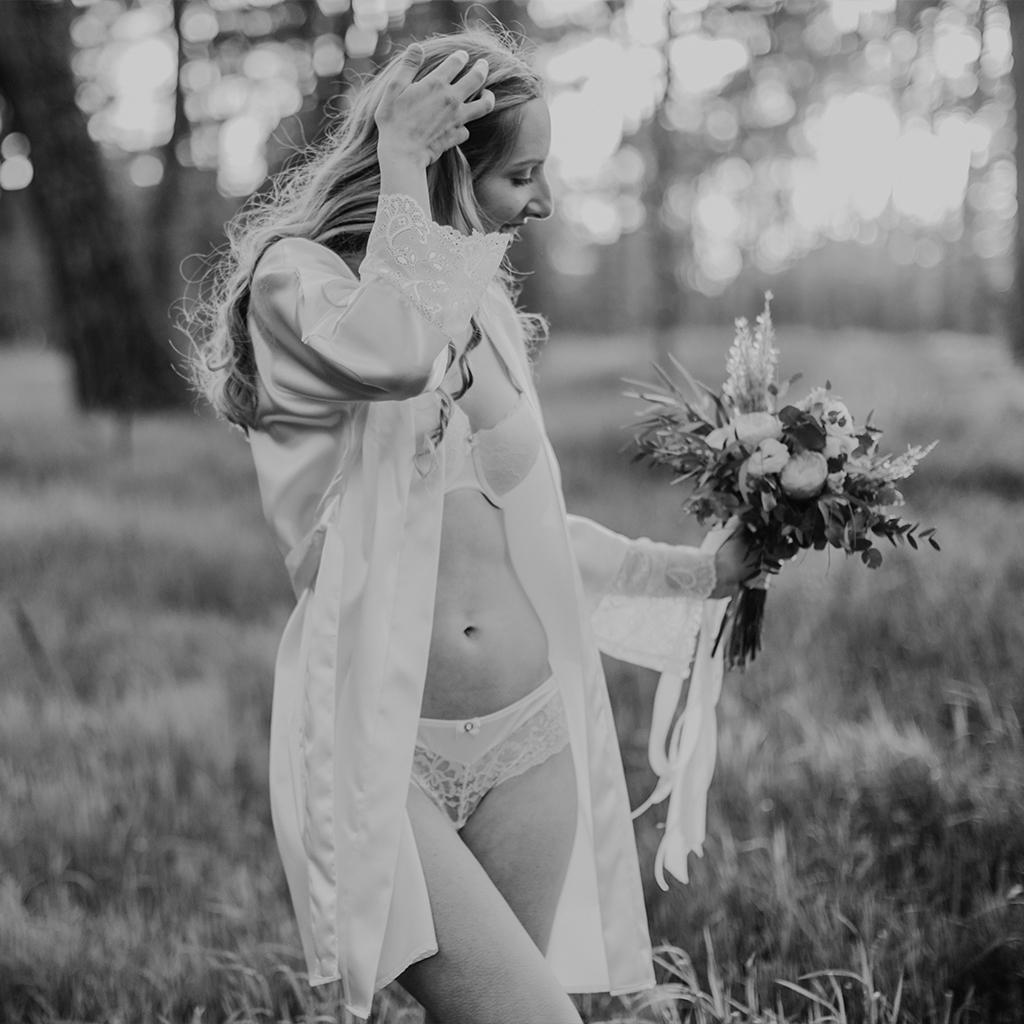 Morgenmantel oder Kimono für die Braut